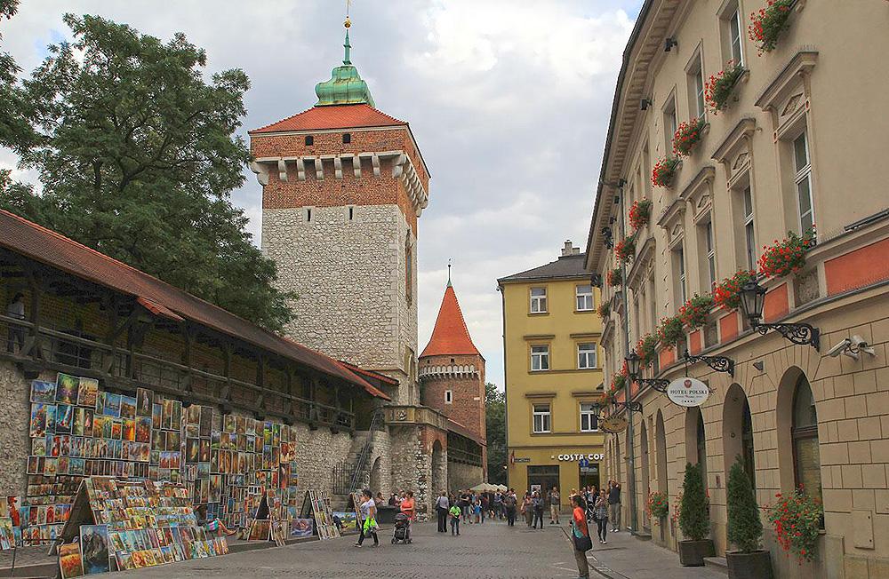 Флорианская башня и фрагмент городских стен